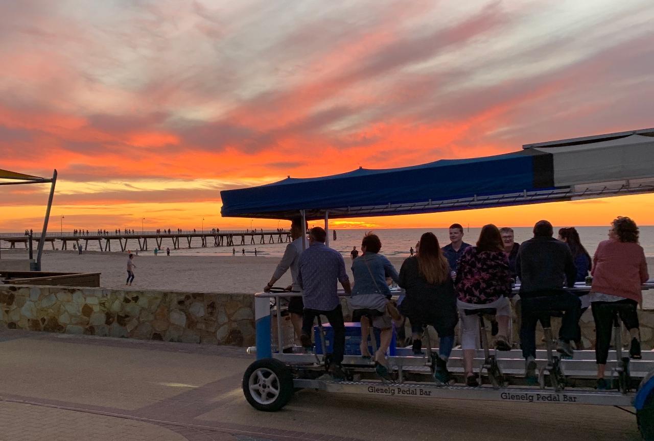 1.5  Hour Picturesque Sunset Private Tour (7pm Tues-Fri / 6pm Sat)