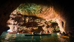 Meyers Beach 1/2 Sea Caves Tour