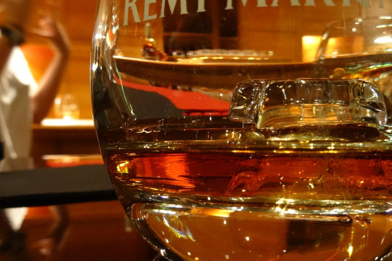Grande Champagne distilleries - PRIVATE Day Tour from Cognac