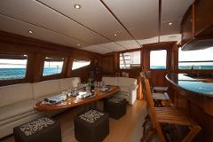 Private Luxury Yacht Experience