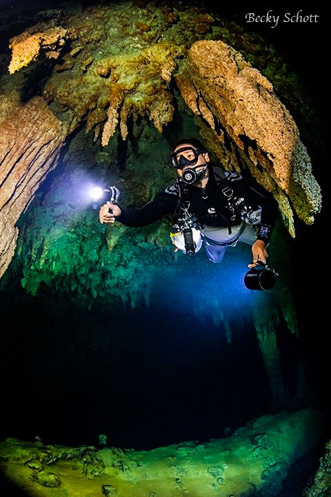 Guided Cave Dive