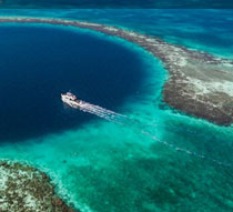Great blue hole belize diving the helpful