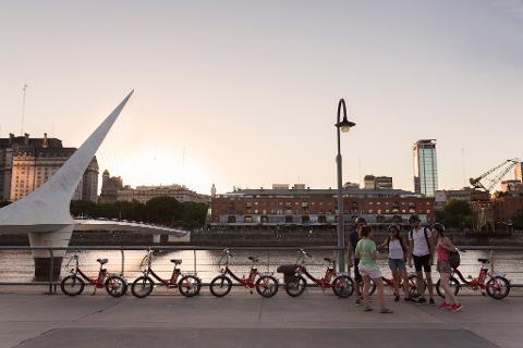 E-Bike n' Wander through Buenos Aires