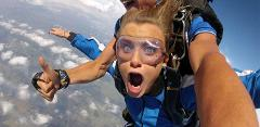 Tandem Skydive 14,000ft - Weekday