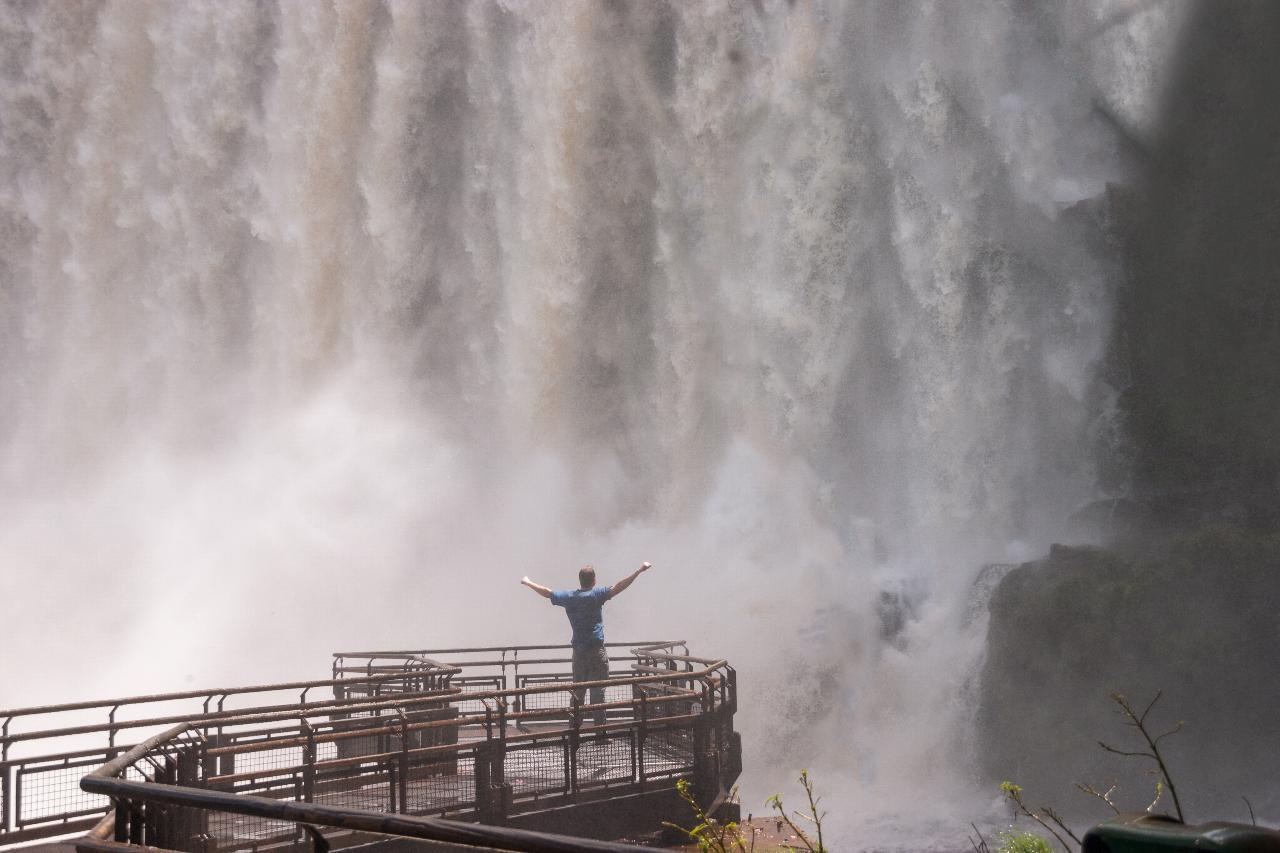 Hello Iguazu