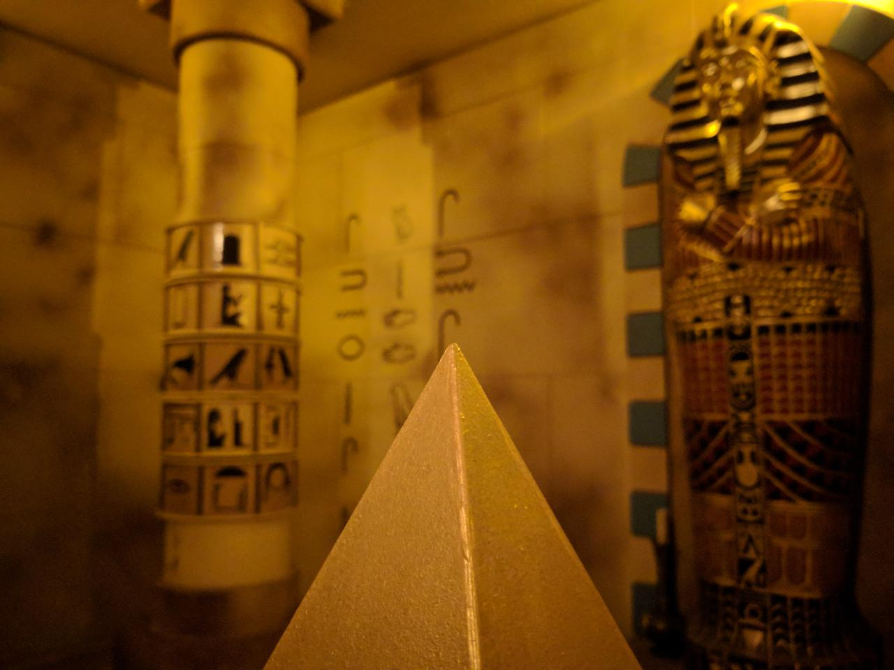 Escape Room - Tomb Raid