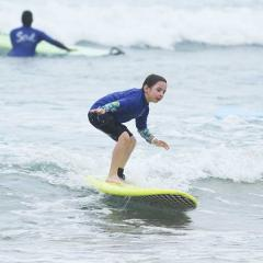 "4 x 3 hour Kids Surf Lessons – ""The Mini Shaka Package"""
