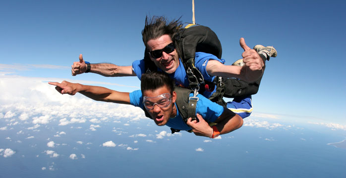 Bond University Skydiving SPECIAL