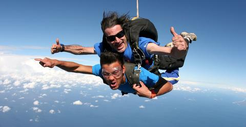 Bond University Skydiving