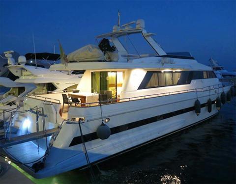 82ft Luxury Yacht