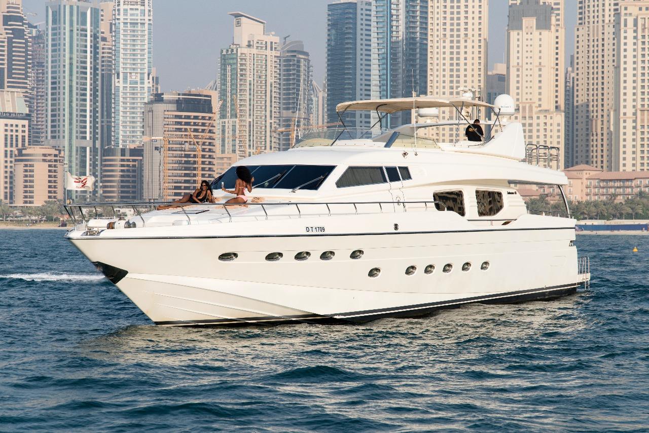 87ft Luxury Yacht