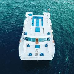Cataraman Event Yacht