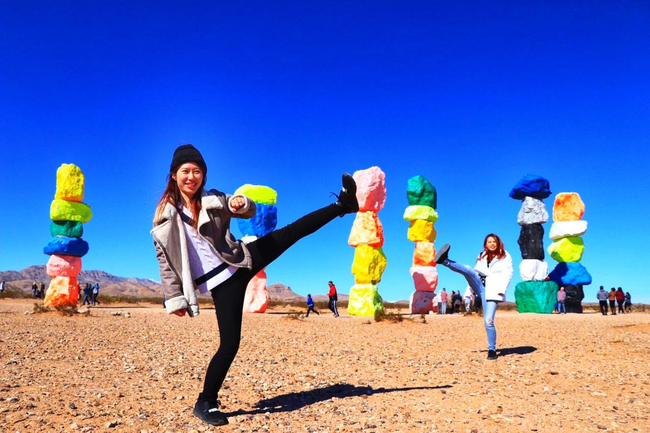 Seven Magic Mountains and Red Rock Canyon Tour