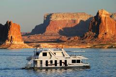 Spectacular Lake Powell - Tour & Cruise!