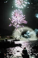 New Years Eve Electric Boat Rental (Champagne included)