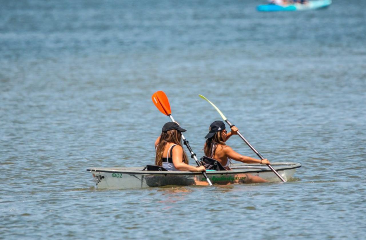 2 Hour Glass Kayak Rental for 2 people