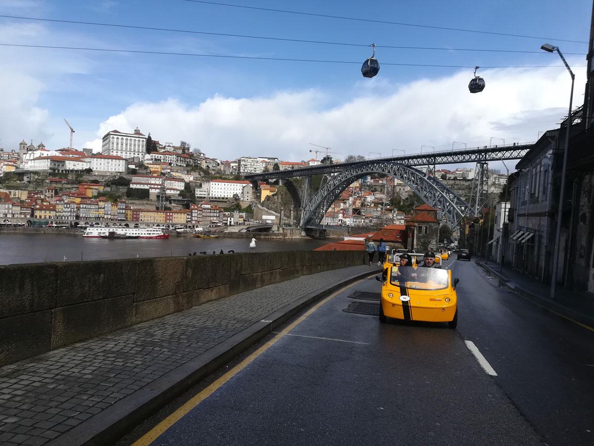City Center, Porto Wine Lodges & Lapa – 2h Old Town Tour