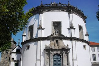 TukTuk Porto – Monastery and Cellars