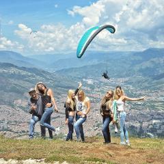 Paragliding: Flying over Medellin