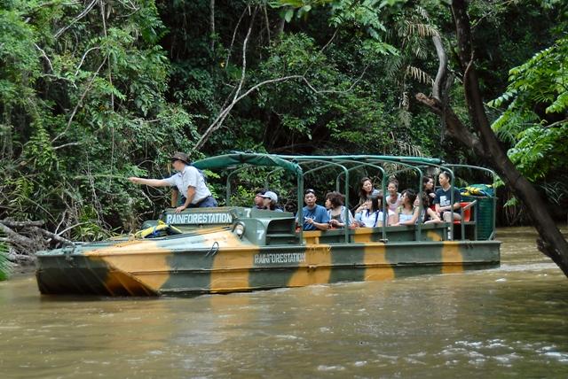 Kuranda: Skyrail, Rainforestation, Lunch and Scenic Rail (includes lunch) S-0945 Q-1530 XN