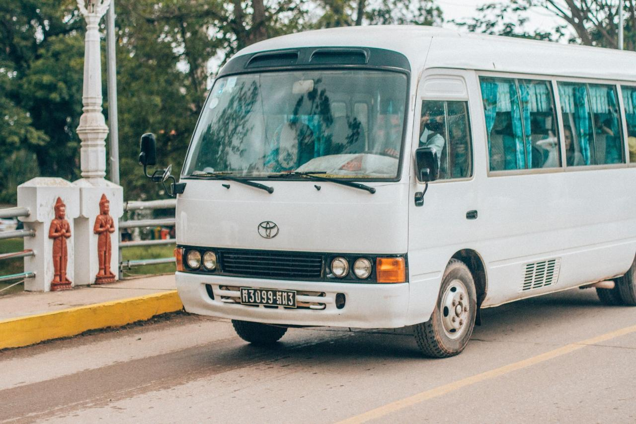 Private Shuttle from Manuel Antonio to San Jose