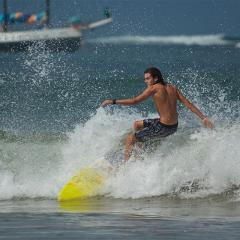 INTERMEDIUM AND ADVANCE SURF LESSON