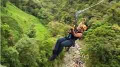 Pura aventura canopy