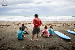 Surf Lesson Group