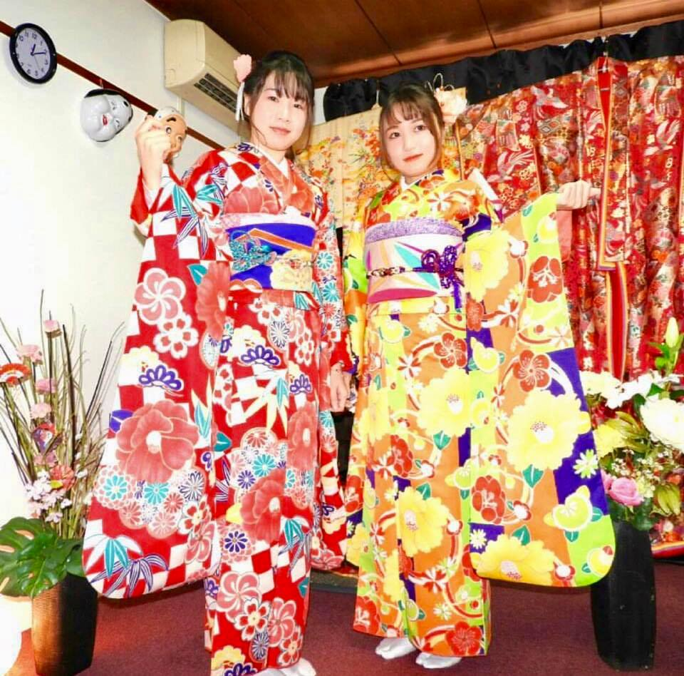Explore Asakusa Wearing a Furisode (Formal Kimono)