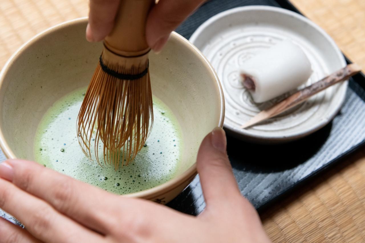 200年の歴史を誇る茶室『待清庵』で本格お点前体験