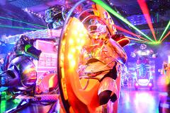 【Robot Restaurant】Robot Shows in an Extraordinary Space!!  / 非日常空間で繰り広げられるロボットショー!