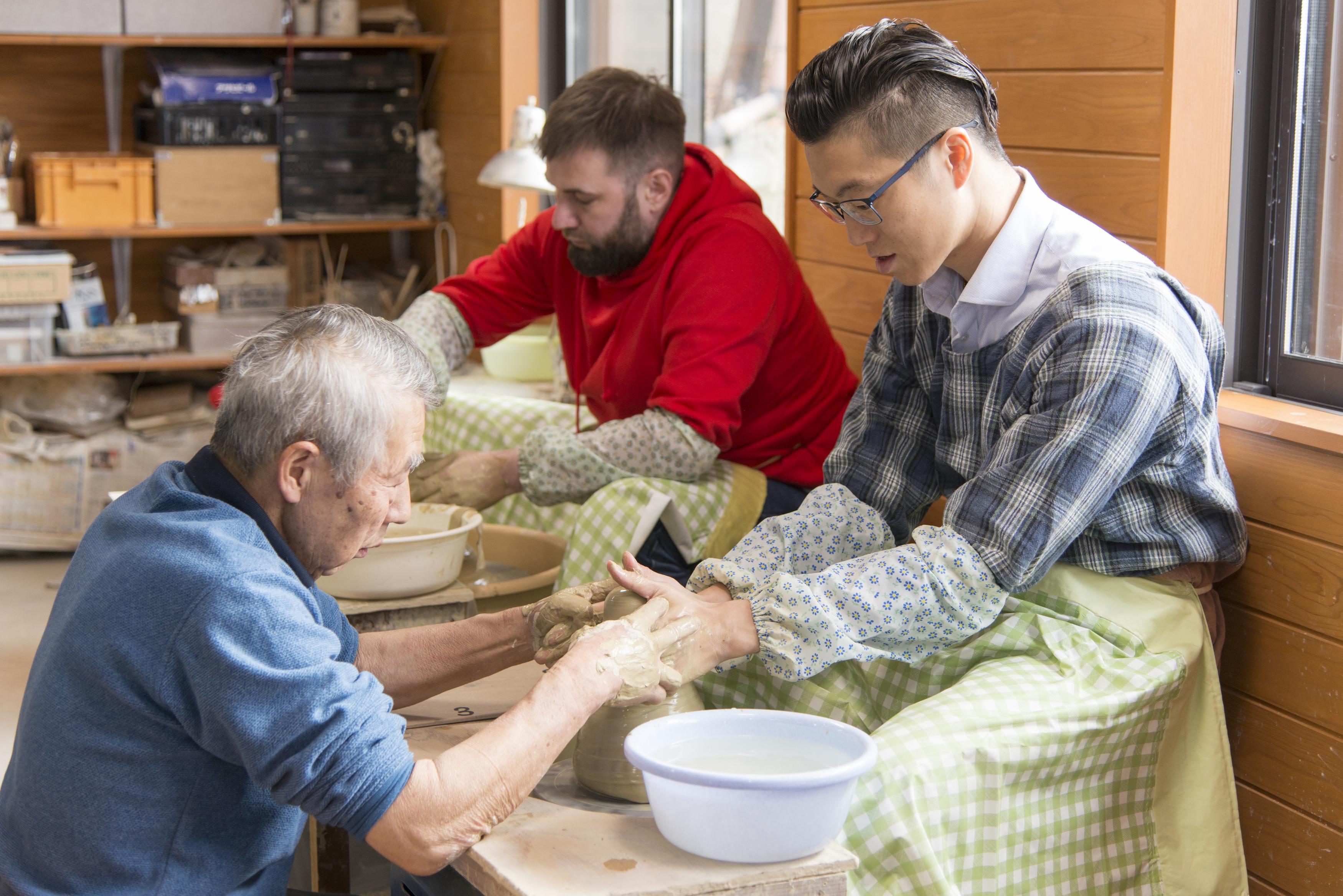犬山焼:陶芸&絵付けの贅沢セットプラン