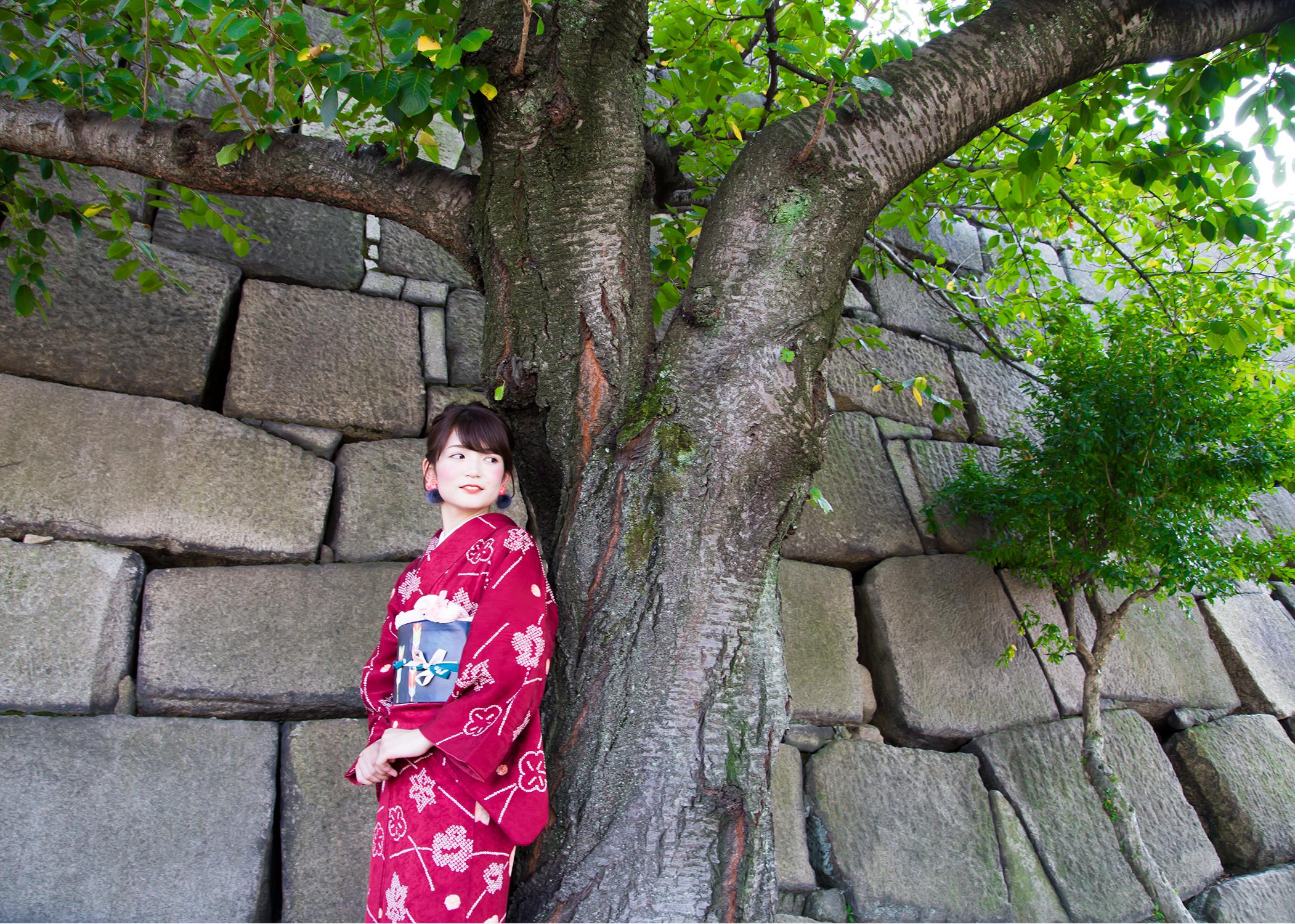 Explore Osaka Castle in Kimono!