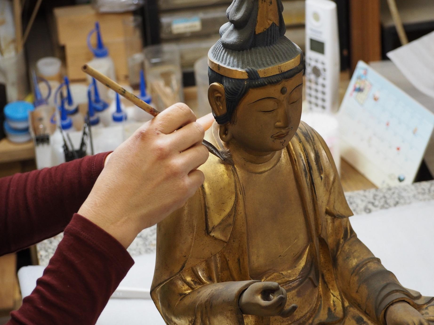焼き物のまち瀬戸で、宗教美術の魅力に触れる小物入れ作りツアー
