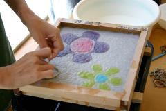 【Hinode Washi】Washi Art, Draw a Picture While Making Washi Paper from Raw Materials in Tokyo's Countryside / 原料から作る紙漉きで絵を描く「和紙アート」