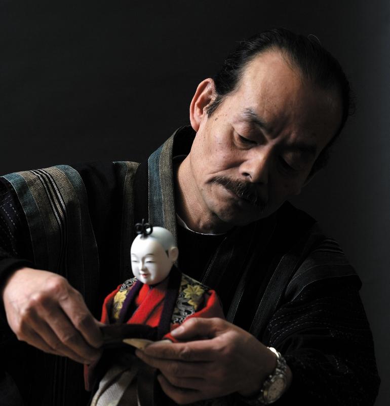 Watch a Karakuri Japanese Dolls Performance and Eat at a Luxurious Traditional Japanese Restaurant