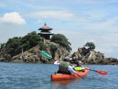 【Kayaker's Cafe】*도모노우라*카약을 타고 모험! 반나절 씨카약 투어 /*鞆の浦*カヤックで冒険しよう!半日シーカヤックツアー