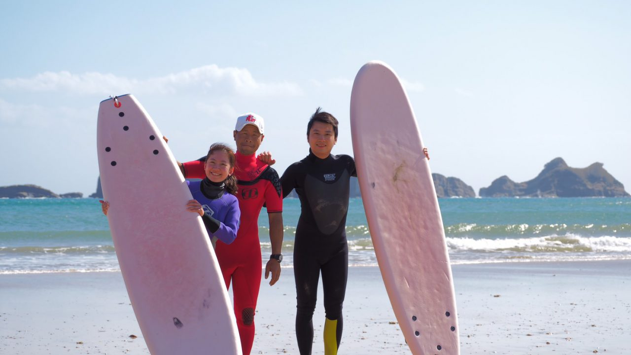 海まで30秒!宿泊付きプロサーファーによるサーフィンスクール