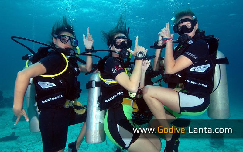 [ Online ] PADI Advanced Open Water Diver Course PLUS 6 Dives