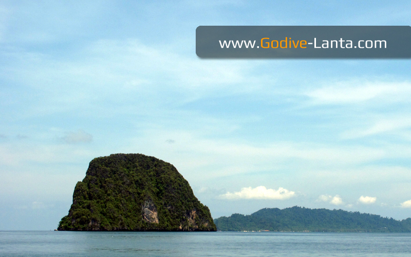 Diving & Snorkelling Trip : Koh Waen on Big Boat