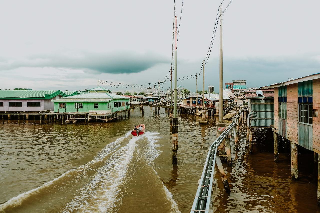 Beautiful Bandar & Water Village