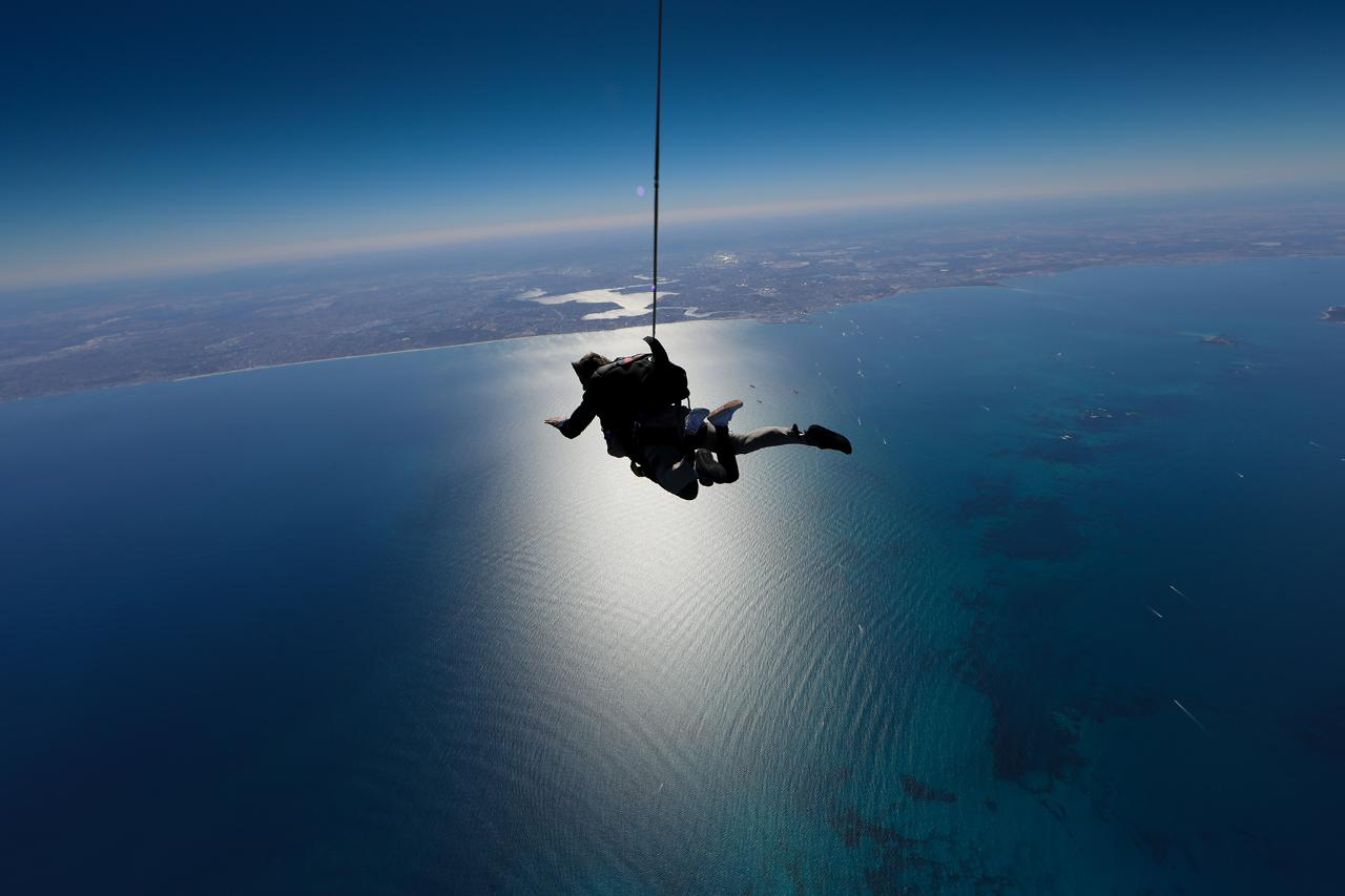 Geronimo Rottnest 15,000ft with Handcam Video and Photos - Gift Voucher