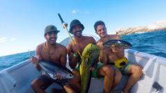 Fishing tour around isla cañas