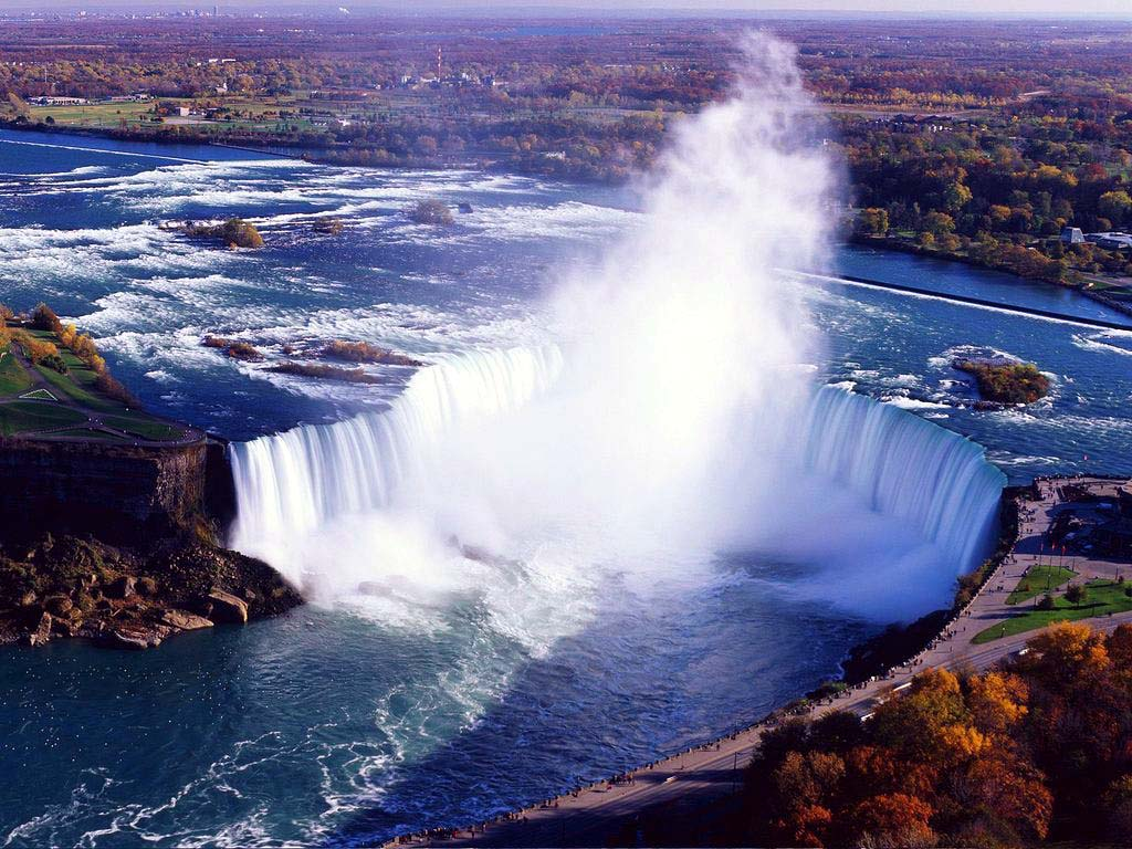 Aerial Tour of Toronto and Niagara