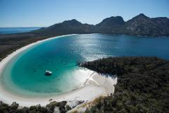 Wineglass Bay Cruises - Sky Lounge (Adults Only)