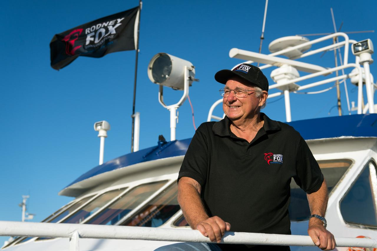 Lions, Dragons, Giants and Sharks 8 Nights with Rodney Fox