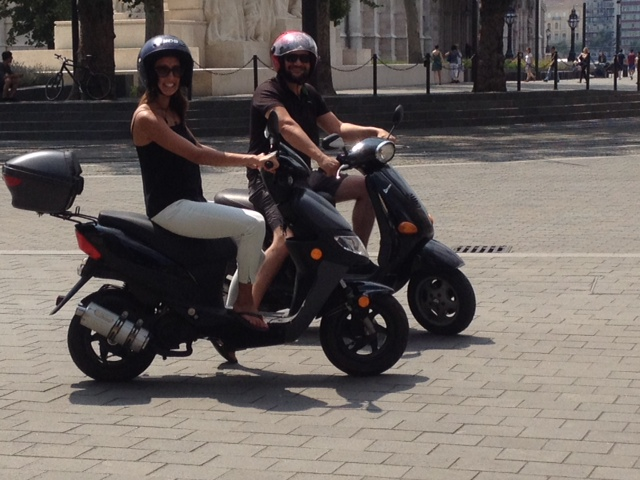 AllNightCrash Budapest Ultimate Sightseeing Vespa Tour