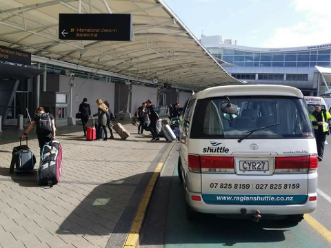 Raglan to Auckland Airport