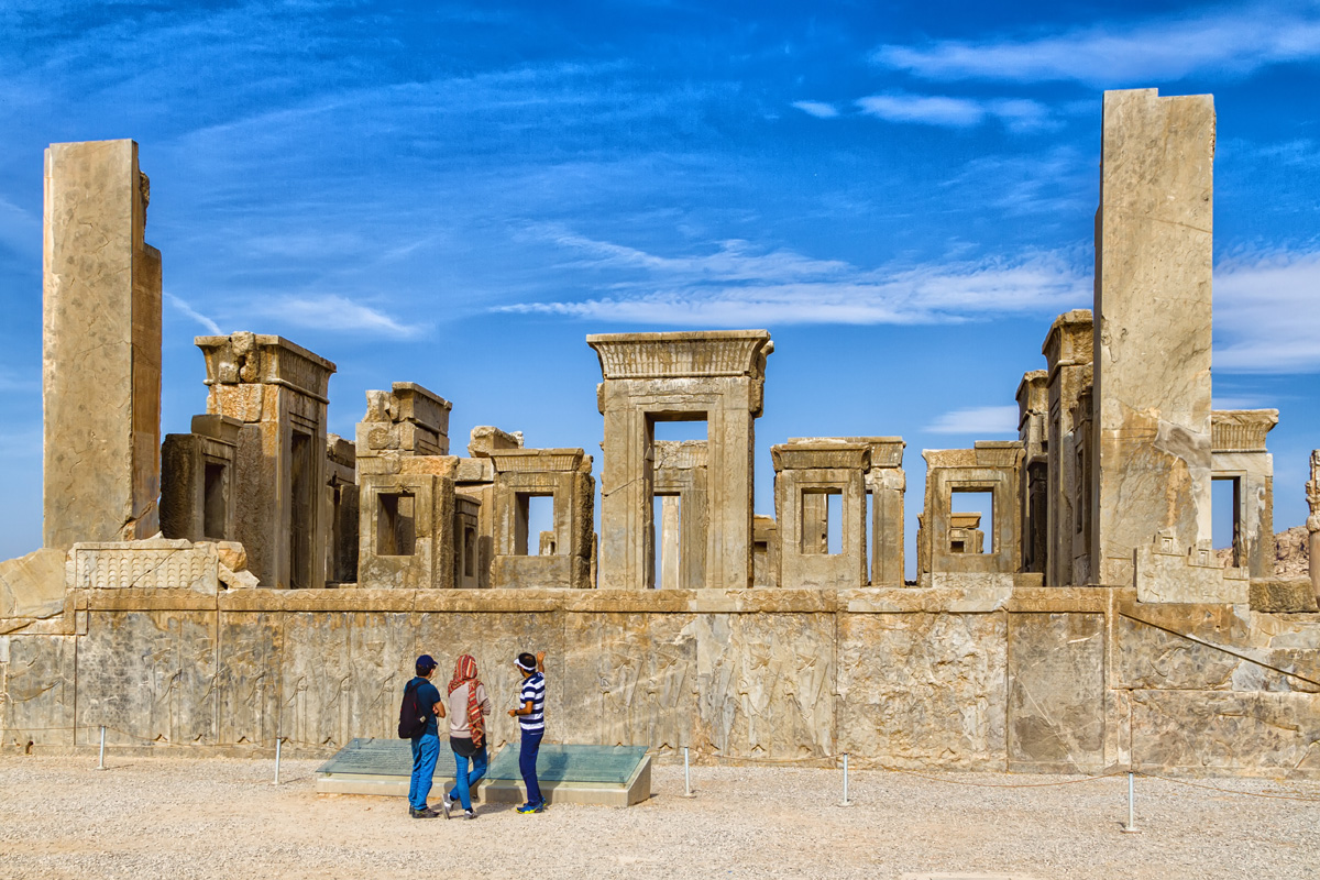 Persepolis, Necropolis and Pasargadae Tour