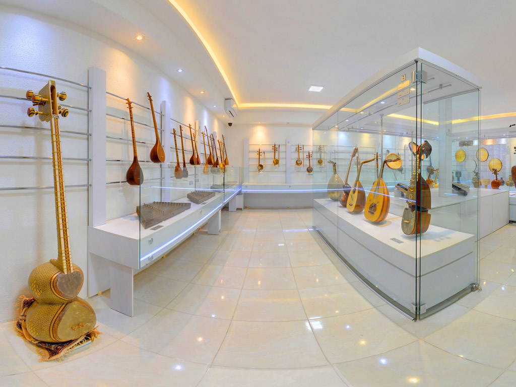Isfahan Music Museum & Jolfa District - Isfahan, Iran